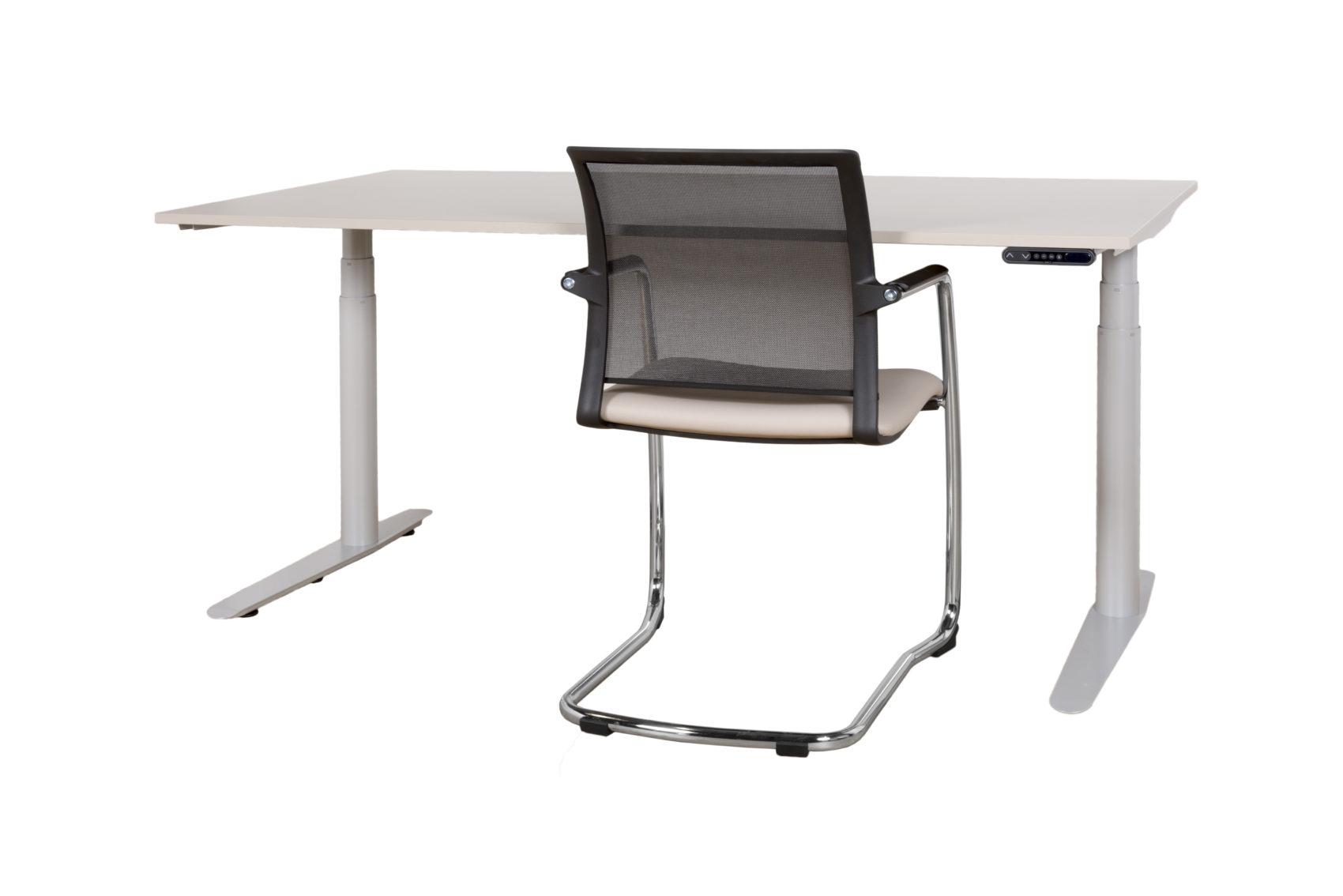 hohenverstellbarer office tisch und stuhl 1700x1134 ozg